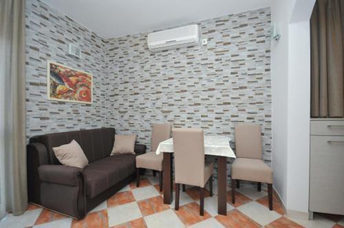 DandD Apartments 3