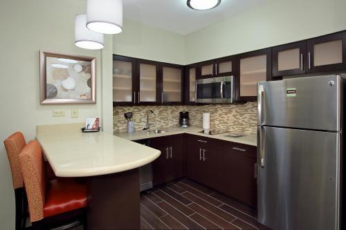 Staybridge Suites - Houston - Medical Center, an IHG Hotel - image 4