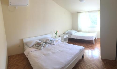 Guest house Pezer - Grude
