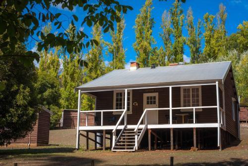 . Lewana Cottages