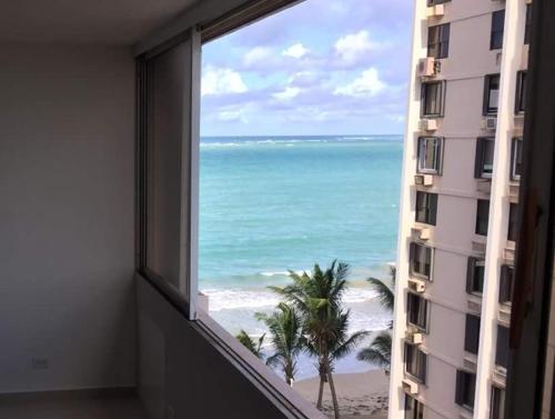 HotelBeach Front Apt Isla Verde Ave