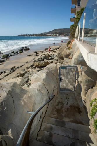 Lanai - Laguna Beach, CA 92651