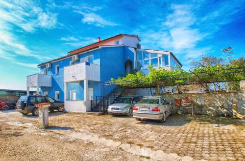 Apartments Ivo 1328