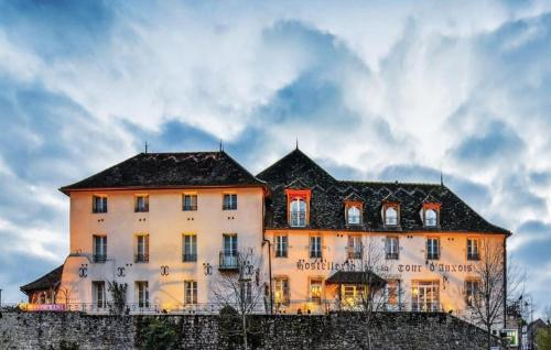 . Hostellerie de la Tour d'Auxois