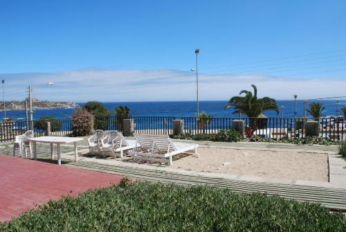 Hotel Holiday Home Punta de Tralca