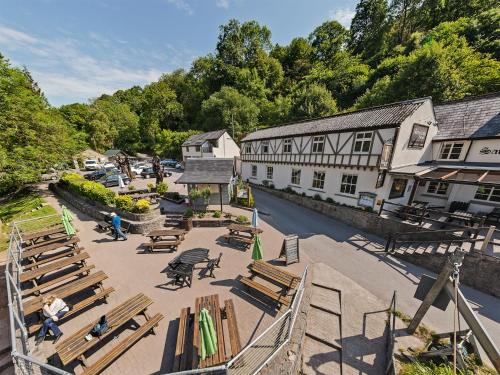 Symonds Yat East, Herefordshire, HR9 6JL, England.
