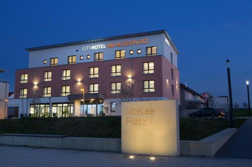 . CityHotel am McKeePlatz