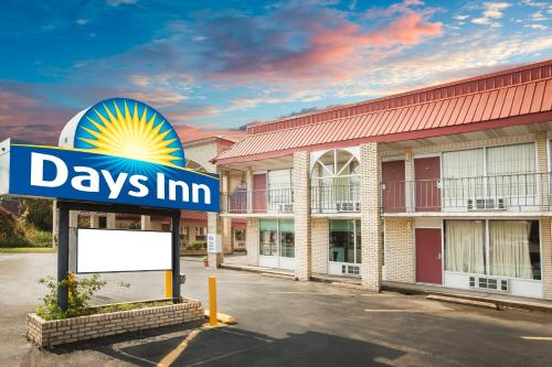 Days Inn By Wyndham Mountain View - Mountain View, AR 72560