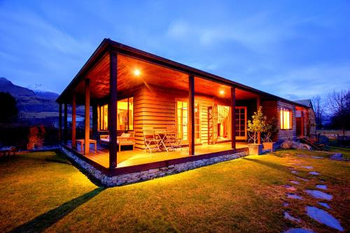 Glenorchy Lake House - Accommodation - Glenorchy