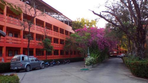 SJ Apartment Ayutthaya Ayutthaya  Thailand