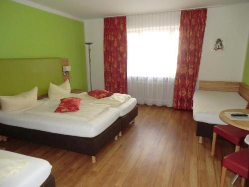 Hotels Vacation Als Near Oktoberfest Theresienwiese Germany Trip101