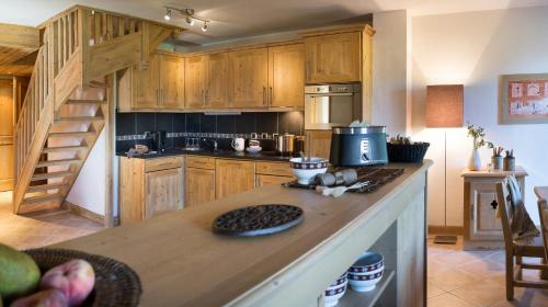 Superior Two-Bedroom Apartment (6 Adults) with Spa Access