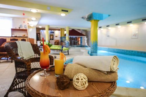 . Hotel Korona Wellness, Rendezvény és Borszálloda