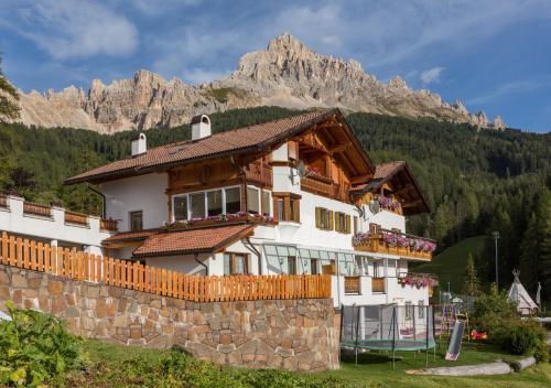 Gasthof Specker - Hotel - Obereggen
