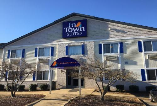 . InTown Suites Extended Stay Bowling Green
