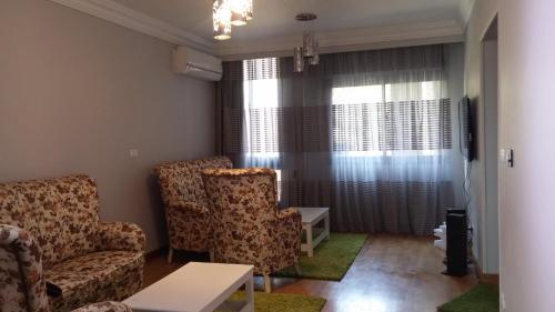 Khayatz Apartment - image 3
