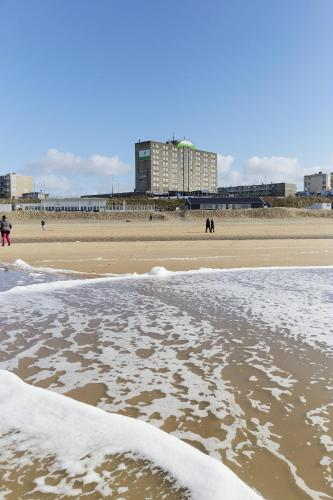 Beachhotel Zandvoort by Center Parcs