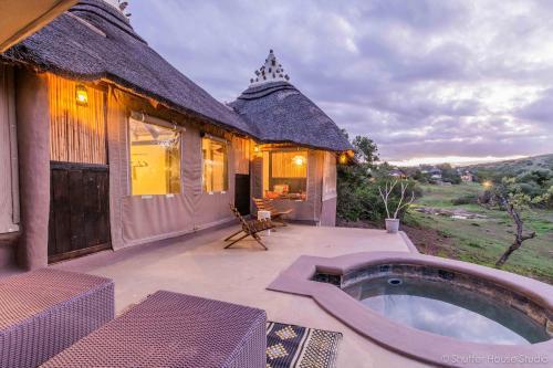 Safari Lodge- Amakhala Game Reserve photo 1
