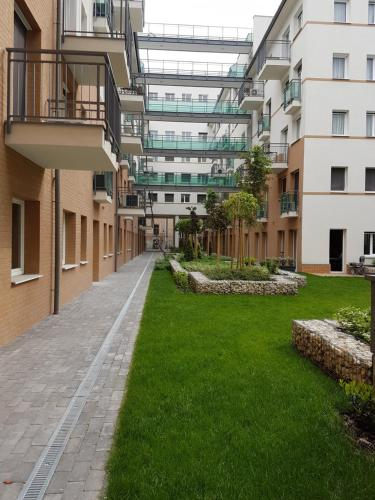 Enjoy Budapest Corvinext Apartment Hotel photo 2