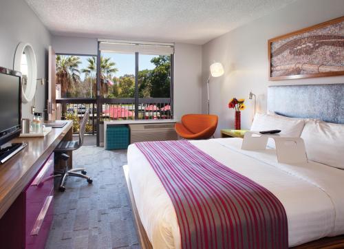 Avatar Hotel - Santa Clara, CA 95054