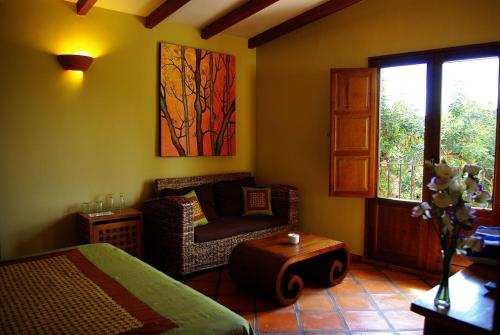 Superior Double Room Masía Durbá 3