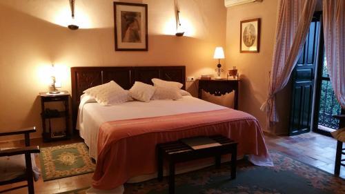 Habitación Doble con vistas - 1 o 2 camas   B&B Hacienda el Santiscal 16