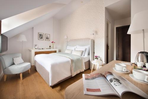 Design hotel neruda en praga desde trabber hoteles for Design hotel praga