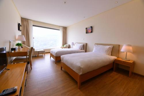 Blue Mansion Hotel Fuxian Lake Chengjiang, Yuxi