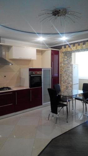 . Apartment on Kravchuka 11b