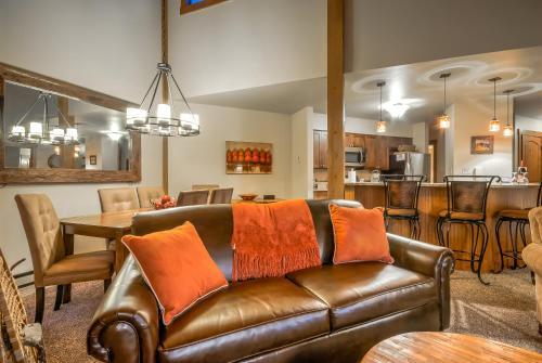 Lodge B 302 - Steamboat Springs, CO 80487
