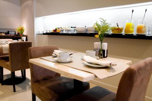 Ulises Recoleta Suites photo 4