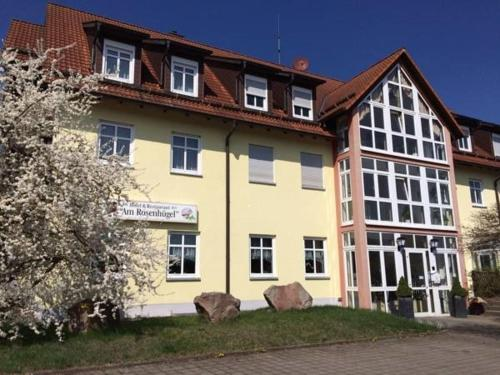 . Hotel & Restaurant am Rosenhügel
