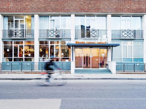 7 Dock Street, Wapping, London, England, United Kingdom, E1 8LL.