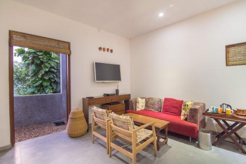 Nittawela Rd, Kandy, Sri Lanka.