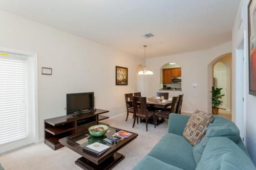Breakview Dr | 3001-Three Bedroom Apartment - Orlando, FL 32819