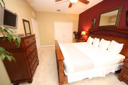 Cayview Ave l 3005-Three Bedroom Apartment - Orlando, FL 32819