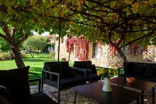 Two-Bedroom House El Vergel de Chilla 25
