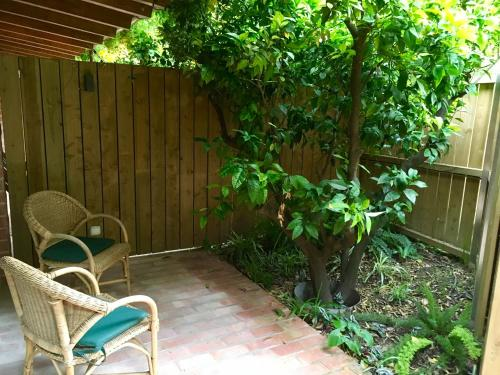 Double or Twin Room with Terrace - single occupancy Mont-Sant 21
