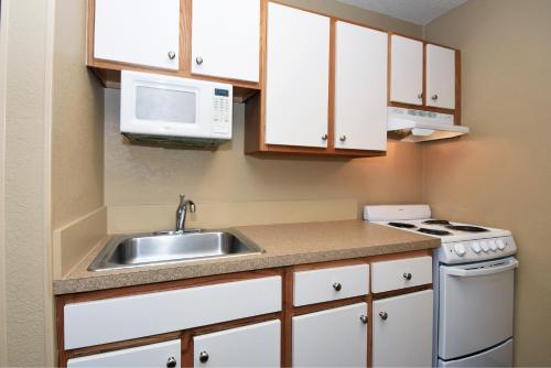 Extended Stay America - Atlanta - Kennesaw Chastain Rd.
