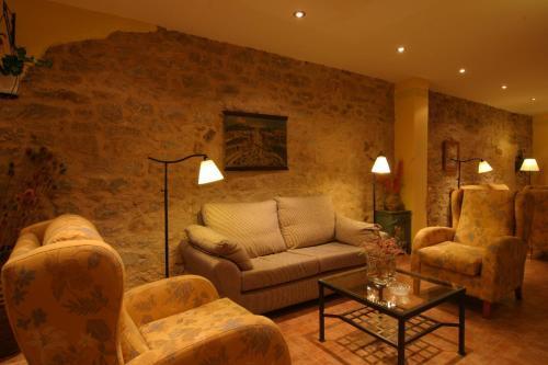 . Hotel La Jara-Arribes