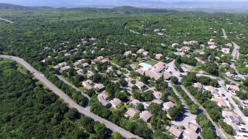 VVF Villages « Les Cigales du Gard » Mejannes-le-Clap - Village et club de vacances - Méjannes-le-Clap