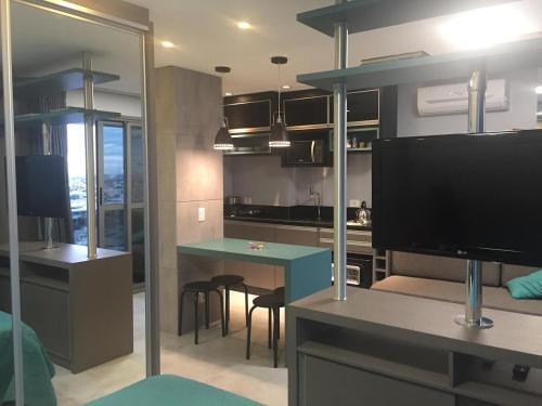. Apartamento decorado e equipado no 27º andar
