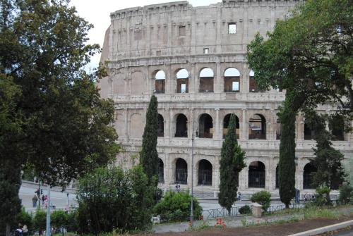 Cesare To Colosseo
