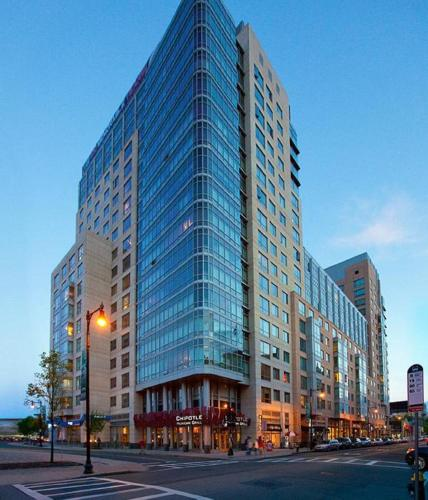 Top Hotel Deals Near Fenway Park Boston Global Luxury Apartments At