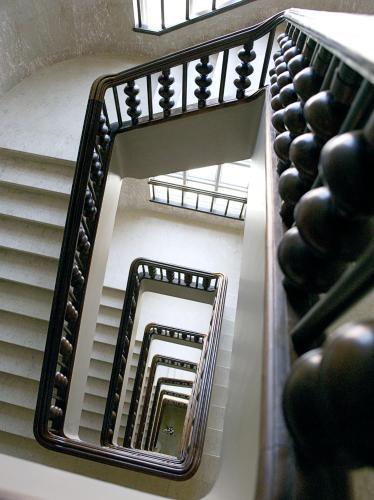 Rua 1⁰de Dezembro 120, 120—360 Lisbon, Portugal.