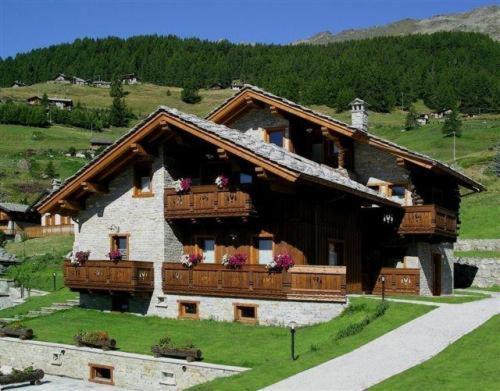Residence Lo Peyo Champoluc