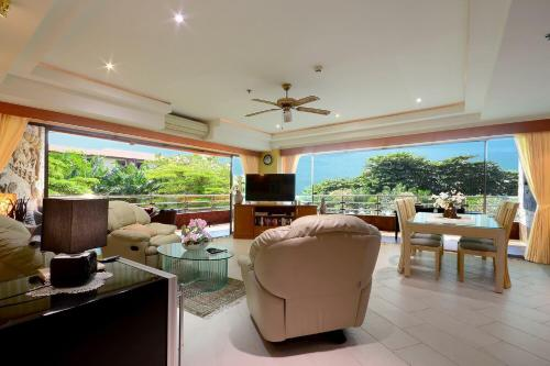 View Talay 3 Two-Bedroom Condo View Talay 3 Two-Bedroom Condo