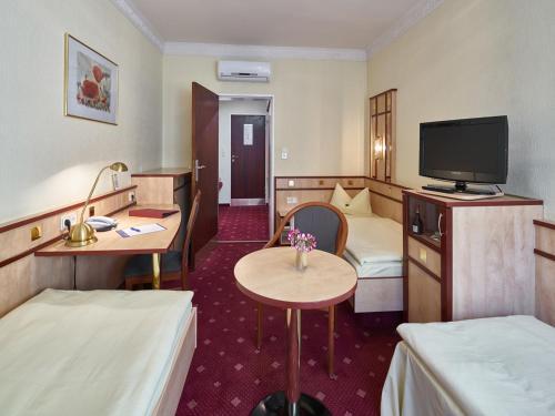 Hotel Alfa Zentrum photo 21