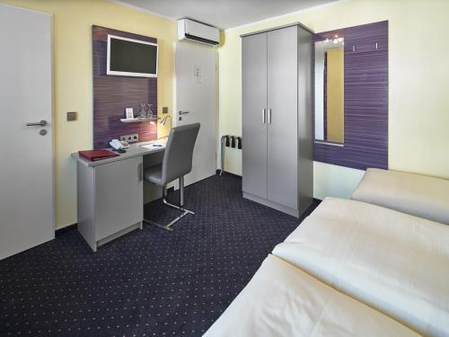 Hotel Alfa Zentrum photo 60