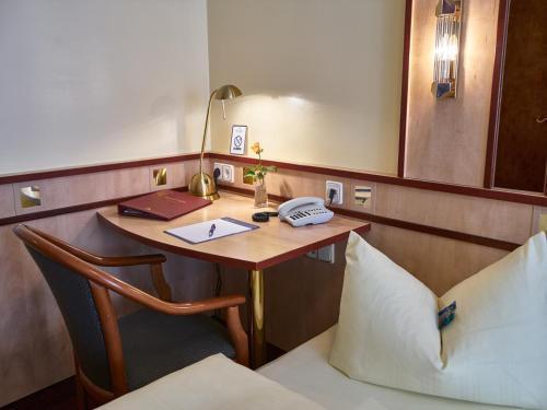 Hotel Alfa Zentrum photo 63